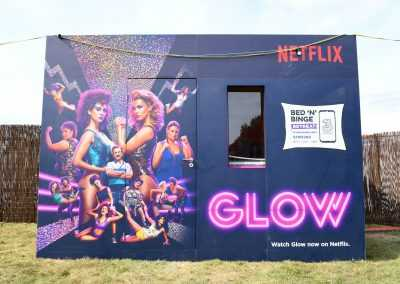 Glow Netflix Pop up hotel room